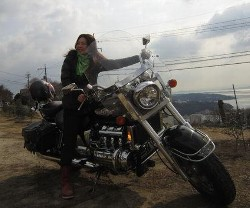 千崎佑華バイク2